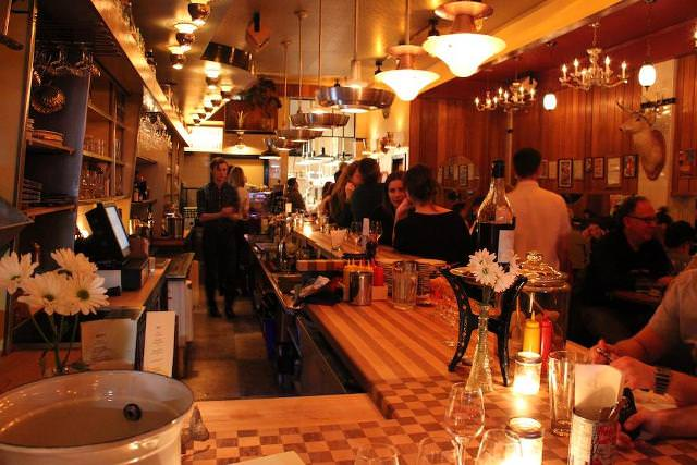 Things to do in Montreal Majestique Restaurant