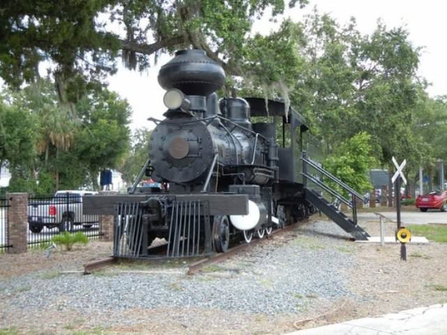 Things to do in Sarasota Manatee Village Historical Park