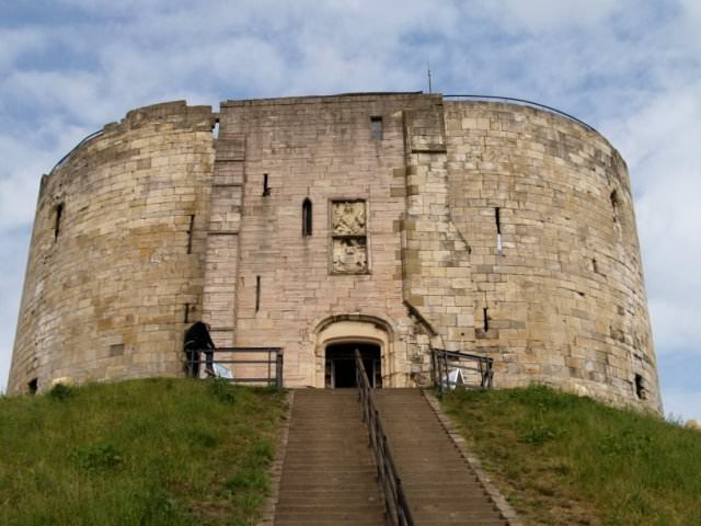Things to do in York York Castle and Clifford's Tower