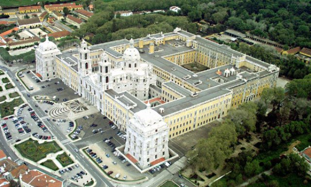 things to do in lisbon mafra