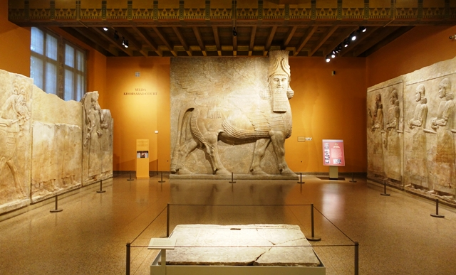 Chicago things to do Oriental Institute Museum