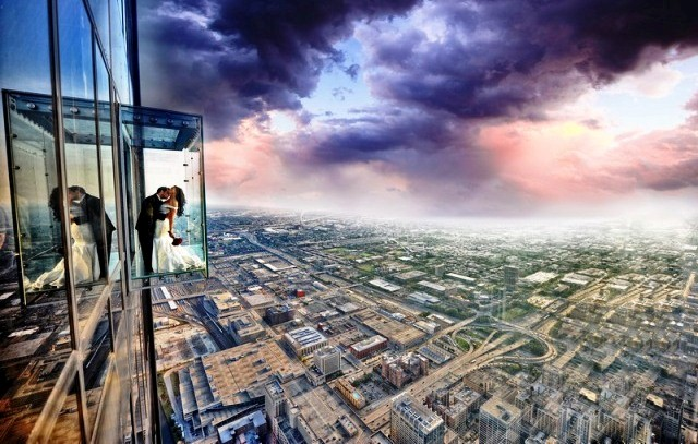 Chicago things to do willis tower skydeck