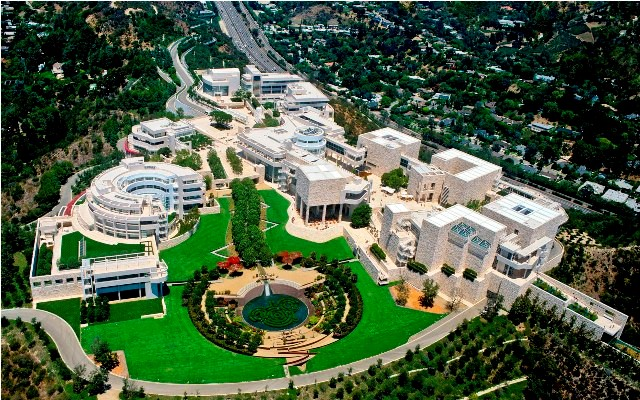 LA Things to do getty center