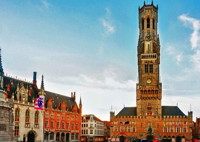 Things to do in Bruges belfry and halle