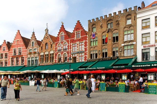 Things to do in Bruges the mrkt