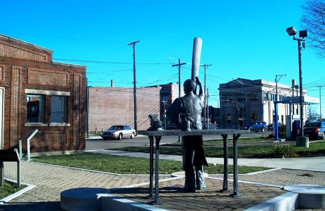 Things to do in Dayton Ohio wright brothers memorial