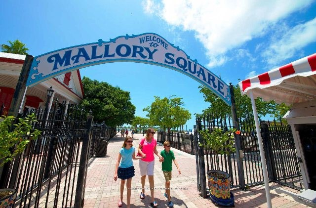 Things to do in Key West Florida mallory square
