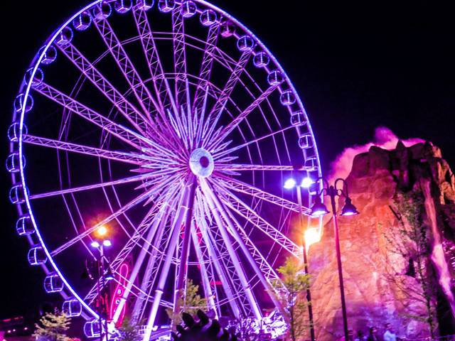 Things to do in Niagara Falls Canada Niagara Skywheel