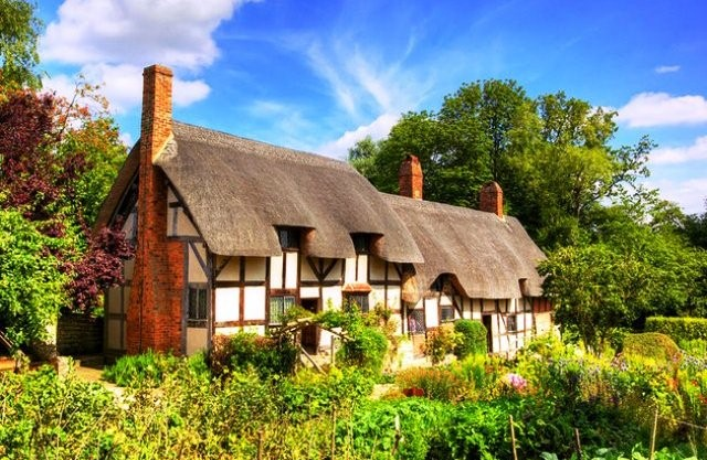 Things to do in Stratford upon Avon anne hathaways cottage