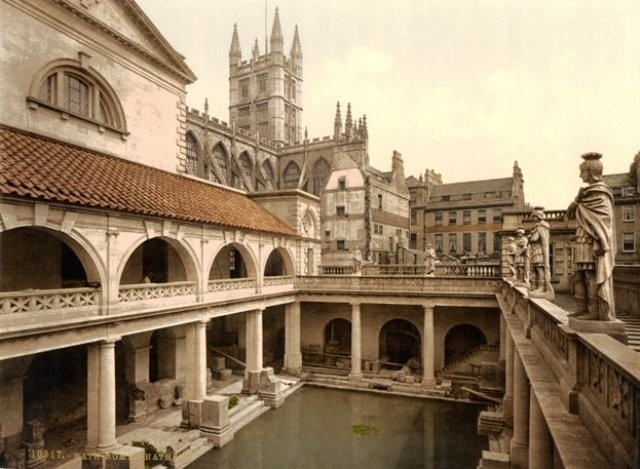 Things to do in Wiltshire roman baths