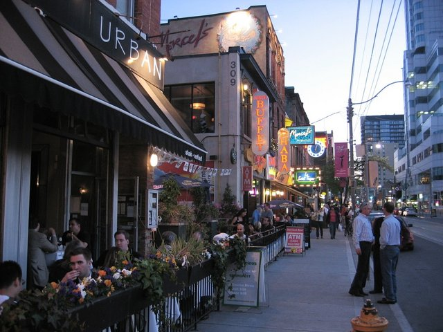 things to do in toronto entertainment district